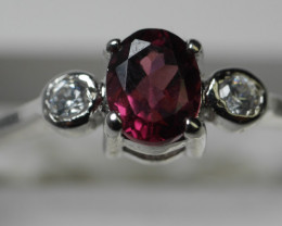 NATURAL RED GARNET OVAL  SHAPE 92.5 STERLING RING (7 US)