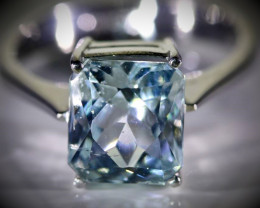 Aquamarine 3.60ct Solid 18K White Gold Ring