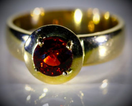 Spessartine Garnet 1.51ct Solid 18K Yellow Gold Ring