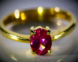 Red Mahenge Spinel 1.01ct Solid 22K Yellow Gold Ring