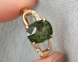 GR120 Moldavite Oval Solid 14K Yellow Gold Ring
