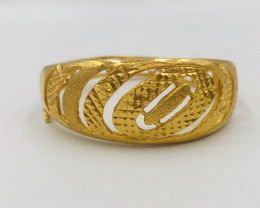 200 Crt  Gold Gilded Bangle Brass Material