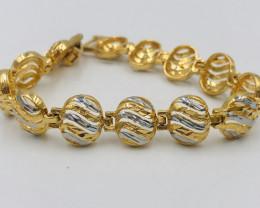 79 Crt  Gold Gilded Bracelet Brass Material