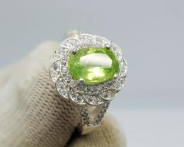 Natural Green Peridot 24.20 Carats 925 Silver Ring I05