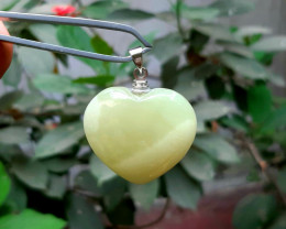 98 carat green onyx 925 silver heart pendant, 28x32x13 mm