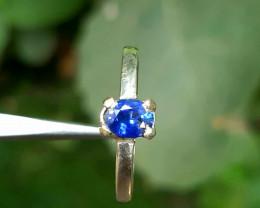 6.40 carat blue sapphire 925 Silver Ring, 6x4x3 mm.