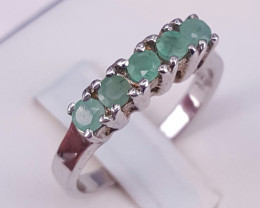 Natural Emerald Gorgoues Ring