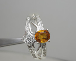 Natural citrine 18.00 Carats 925 Silver Ring with cz, 6x5x3mm.