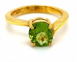 Peridot 2.55ct Solid 18K Yellow Gold Ring