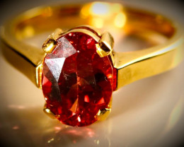 Color Change Garnet 4.10ct Solid 18K Yellow Gold Ring
