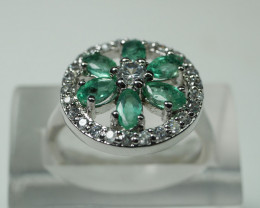 NATURAL EMERALD OVAL SHAPE 92.5 STERLING RING (8.00 US)