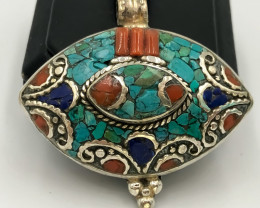 151.65 Crt Turquoise And Lapis Lazuli Nepali Pendent Brass Material