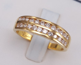 18k Natural Diamond ring.