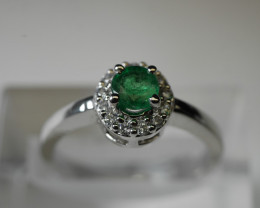 BEAUTY EMERALD OVAL SHAPE 92.5 SOLID SILVER RING SIZE ( 7.25 US )