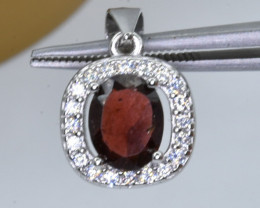 15.56 Crt Natural Garnet With Cubic Zirconia 925 Silver Pendant