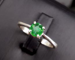 Natural beautiful color Emerlad Ring.