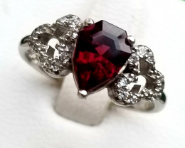 12.30ct Natural Malawi Garnet In 925  Sterling Silver Ring.
