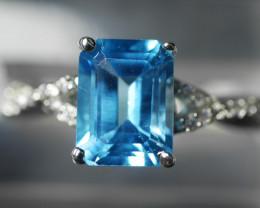 NATURAL BLUE TOPAZ CUSHION   SHAPE 92.5 STERLING RING ( 7.00 US )