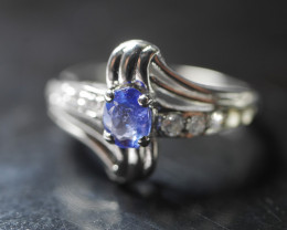 NATURAL TANZANITE OVAL  SHAPE 92.5 STERLING RING ( 6.00 US )