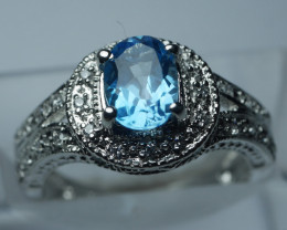 NATURAL SWISS BLUE TOPAZ  OVAL  SHAPE 92.5 SILVER RING SIZE (6.00 US)