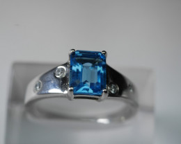 NATURAL BLUE TOPAZ  CUSHION SHAPE 92.5 SILVER RING SIZE (9.00 US)