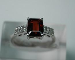 NATURAL RED GARNET CUSHION  SHAPE 92.5 STERLING RING ( 6.75 US )