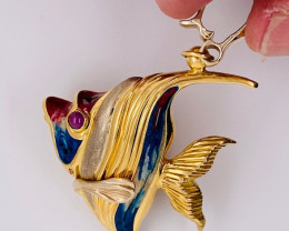 14.5 GRAMS 18K GOLD FISH WITH COLOUR ENAMAL 14.5 GRAMS L611