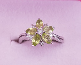 Natural Paridot Ring.