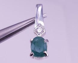 Natural Emerald Pendant.