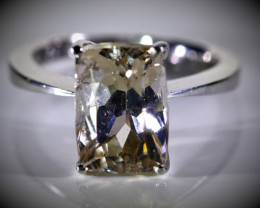 Imperial Topaz 6.18ct Solid 18K White Gold Ring