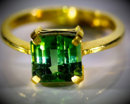 Green Tourmaline 3.29ct Solid 22K Yellow Gold Ring