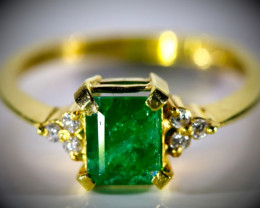 Emerald 1.30ct Natural Diamonds Solid 22K Yellow Gold Multistone Ring