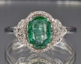 18k Natural Emerald in 18k solid gold ring