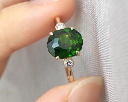GR123 Green chrome diopside 14K Yellow Gold Ring 1.88grams