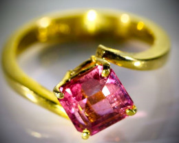Red Tourmaline 2.68ct Solid 22K Yellow Gold Ring
