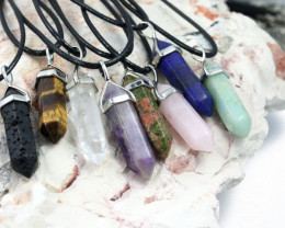 Promotional Deal 8 Terminated Gemstone pendants NA 655