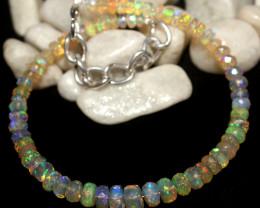 21 Crt Natural Ethiopian Welo Faceted Opal Bracelet 21