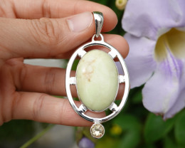 13.29g - 925 Sterling Silver Pendant with Natural Stone / JW34