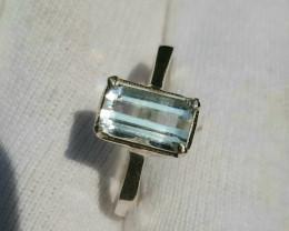 12.00 Carat aquamarine 925 Silver Ring, 7.50 ring size.