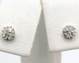 Diamond Earrings 0.10 TCW - 9kt. Gold