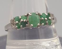 Natural Emerald Ring .