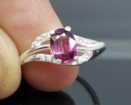 Natural Rhodolite Garnet 11.30 Carats 925 Starling Silver CZ Ring I94