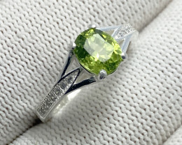 Natural Green Chrysolite (Peridot) CZ Ring 925 Sterling Silver (OCT02)