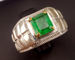 Natural Emerald men Ring.
