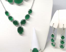 Verde Onyx Set 50.00 TCW