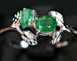 100%Natural 2 pis 4*5 , 5*3mm top color Emerald  925 Silver nice Design Rin