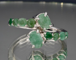 Natural Emerald and 925 Silver Ring