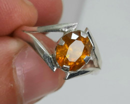 10.00 Carat multifire rare sphene/titanite 925 Silver Ring, 8x6x4 mm.
