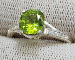 Natural Green Peridot 10.40 Carats 925 Silver Ring I