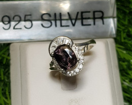 19ct Amazing Natural Spinel In 925 Silver Ring.